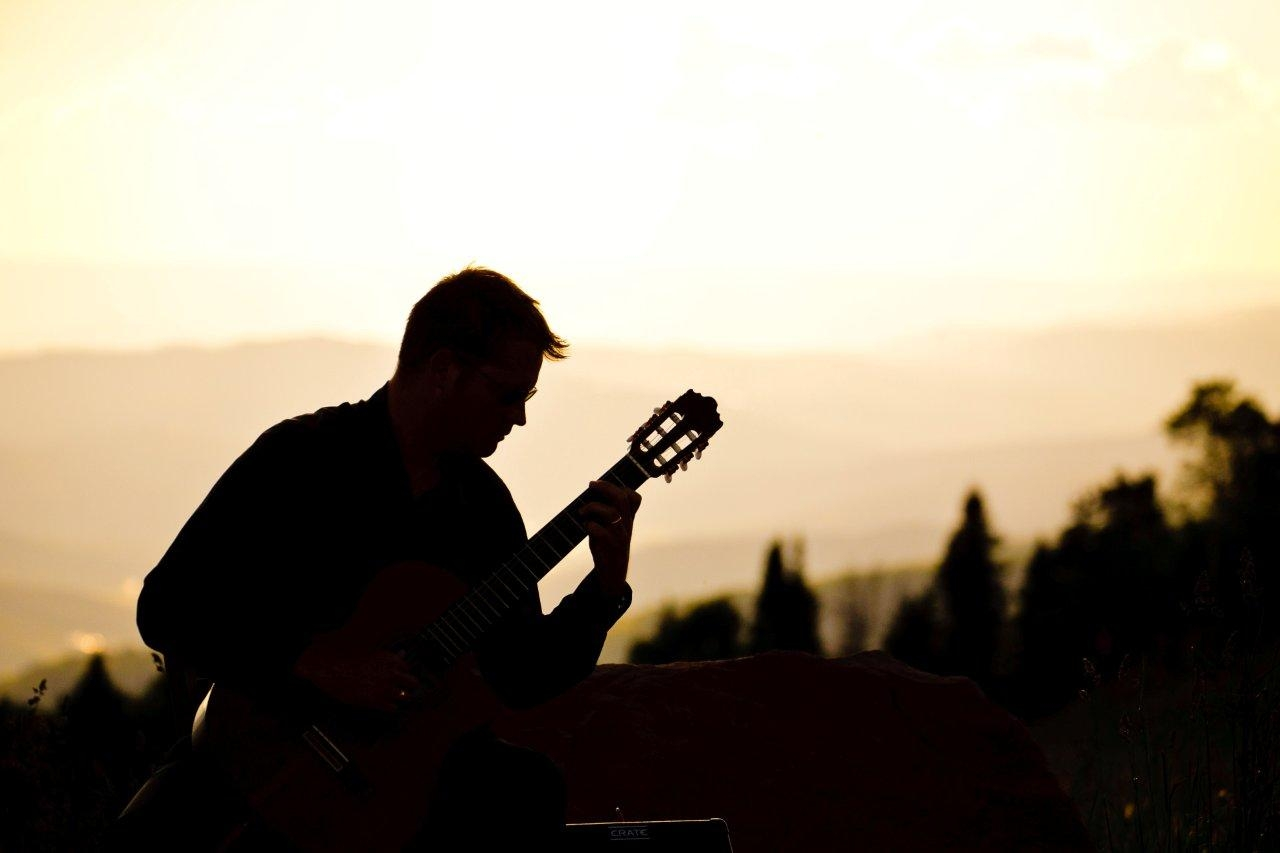 Colorado wedding guitarist Michael Lancaster at the Vail Wedding Deck, Vail Colorado.