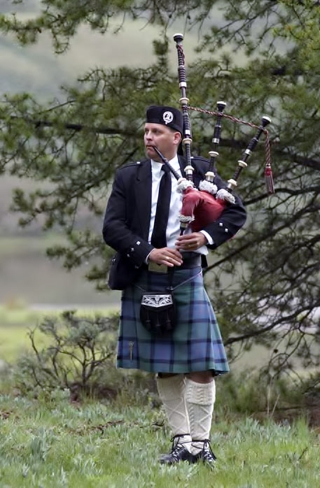 Denver Colorado Bagpiper Michael Lancaster.  Performer and Teacher. Weddings, funerals and all occasions. Bagpipe lessons on skype, studio and house calls.